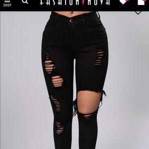 Glistening jeans - black size 7. Fashion nova.